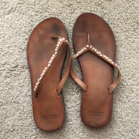5305e1501d5ed Abercrombie   Fitch Shoes - Abercrombie   Fitch Leather Flip Flops